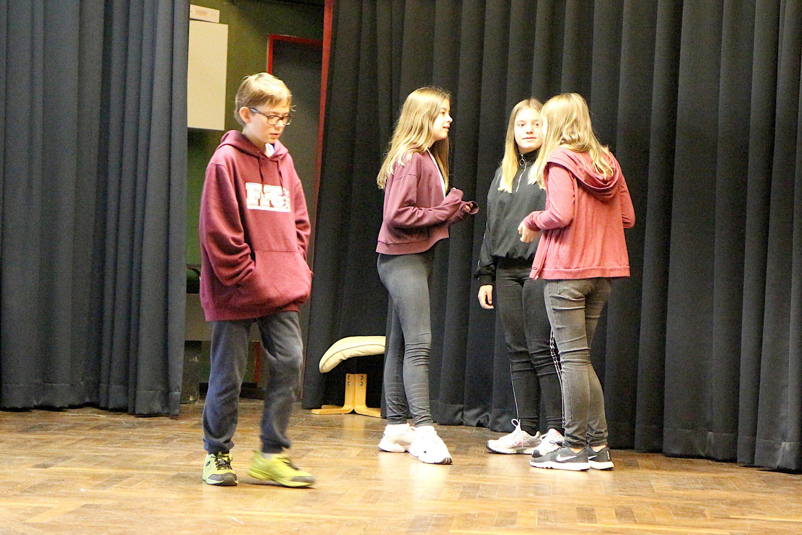 Improvisationstheater zur Suchtprävention