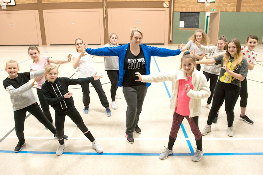 Hip-Hop-Tanzgruppe / TuS Asemissen / Andrea Schreiner