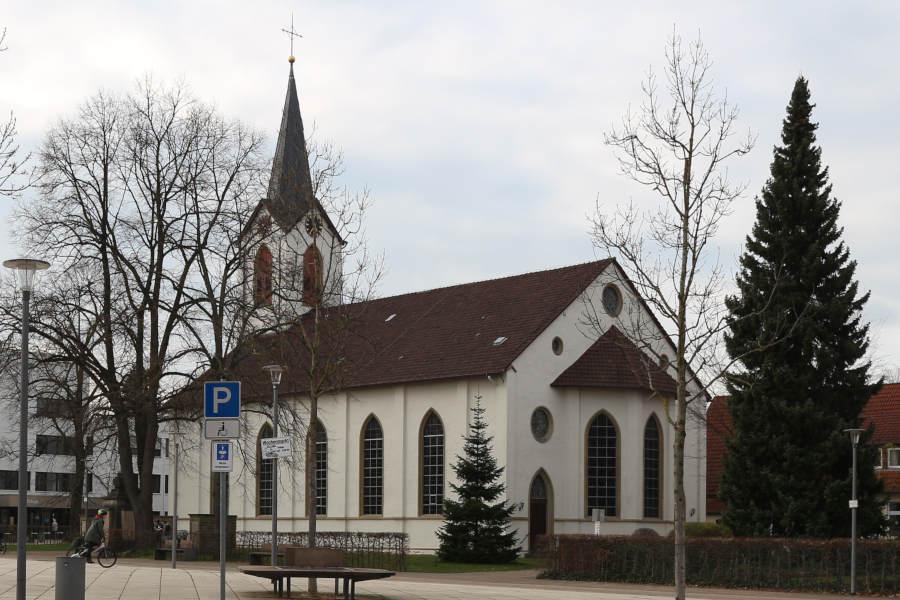 Kirche Leo Herbst Winter
