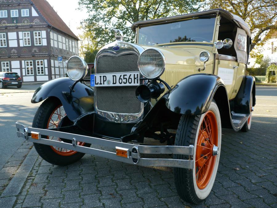 Dohna & Dombert GmbH Zeit für Reisen Ford A Henry