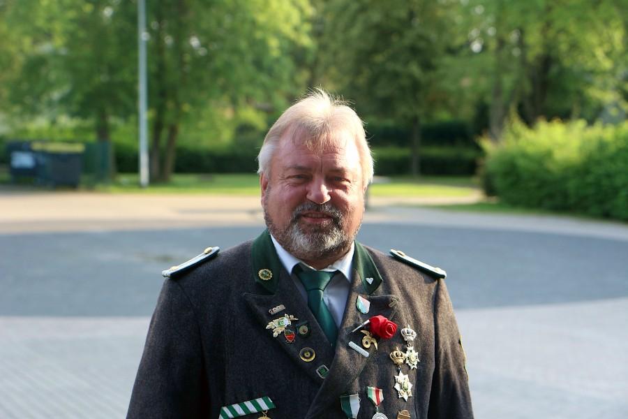 Reinhard Jorczick ist der neue 2. Vorsitzende des Schützenvereins Nienhagen. Er folgt in diesem Amt seinem Sohn Dennis nach, der nach fünfeinhalb Jahren nicht mehr antrat. Foto: Thomas Dohna