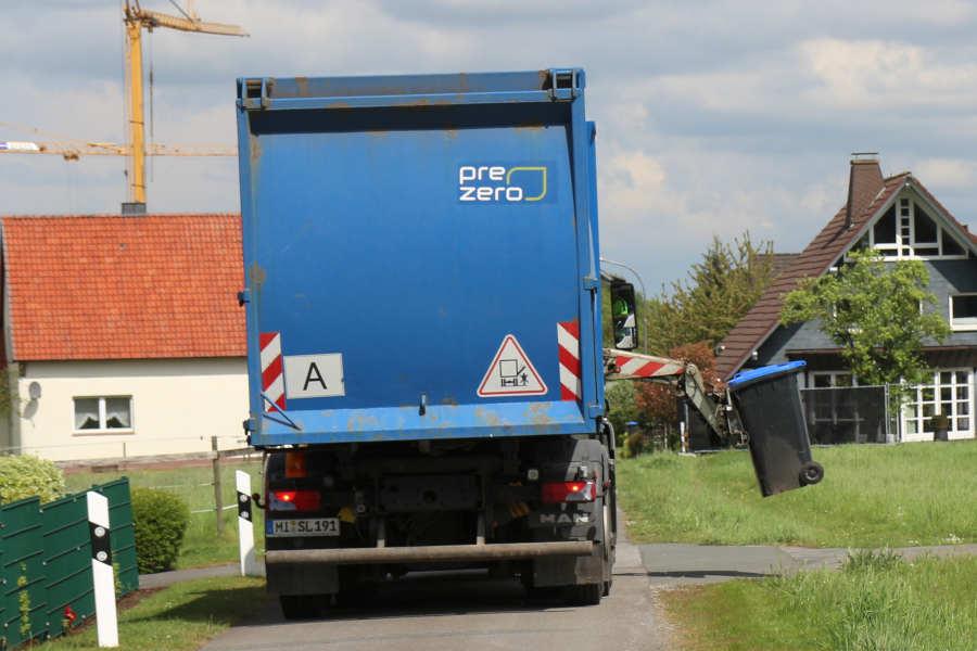 Die Papiertonnen in Leopoldshöhe werden geleert. Symbolfoto: Edeltraud Dombert